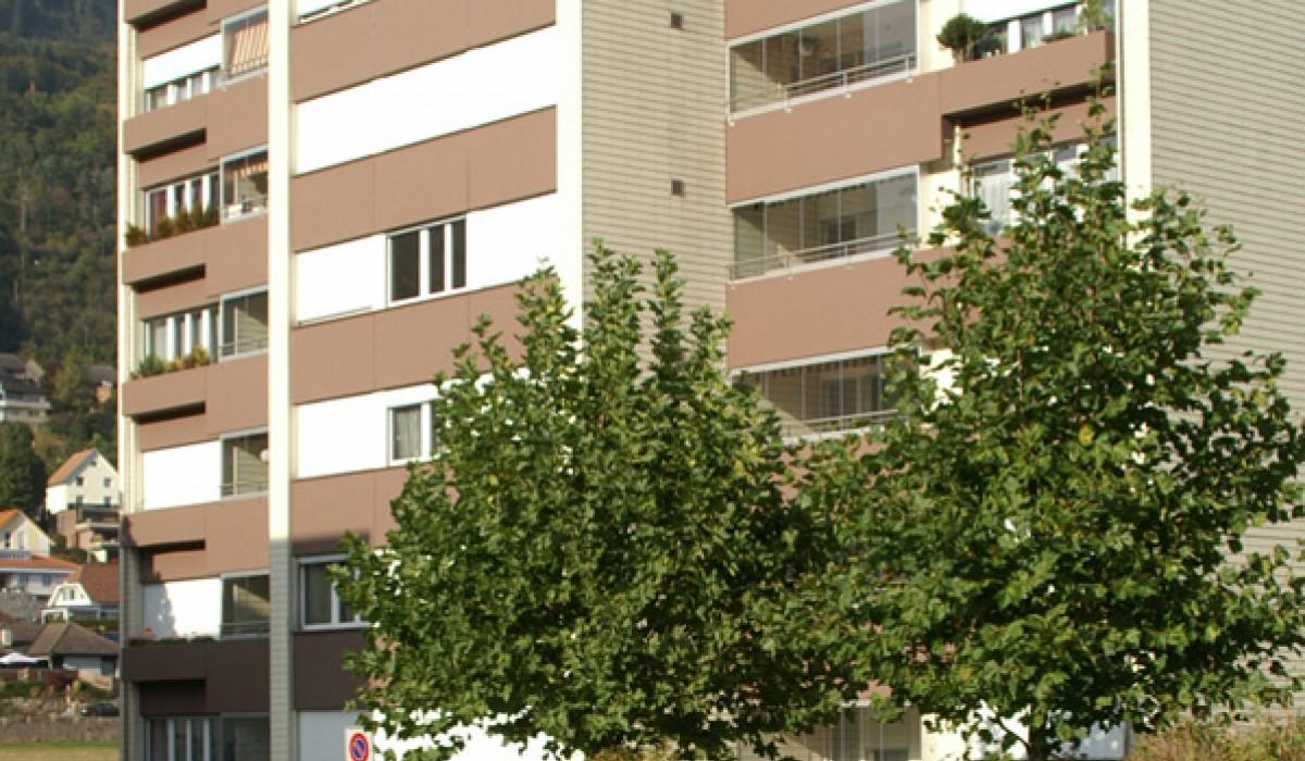 Einschlagstrasse 50: 4 1/2 Zimmerwohnung 1. Stock